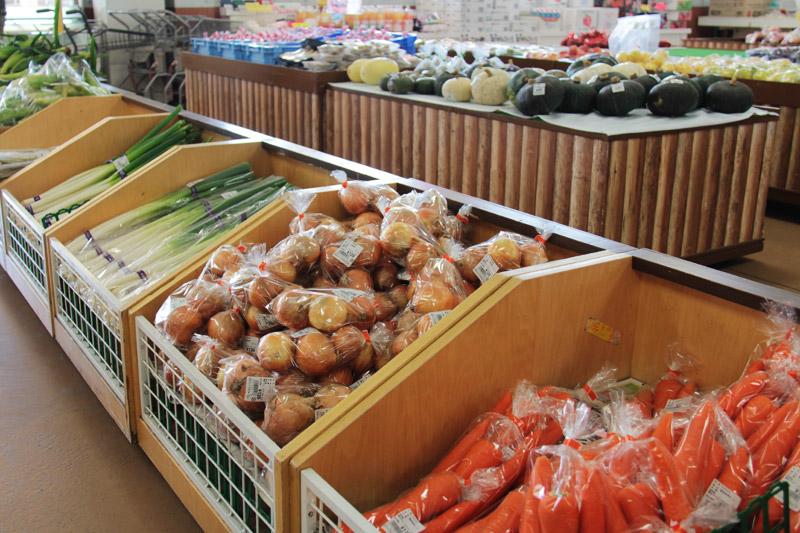 直売所(バイパス店)の新鮮野菜